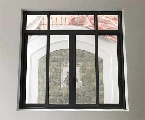Cửa sổ mở trượt 4 cánh nhôm xingfa - Công Ty Lano