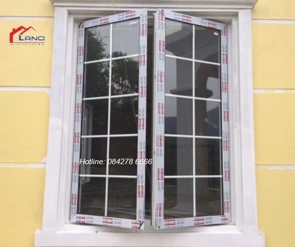 Cửa sổ mở quay 2 cánh kính hộp 2 lớp cường lực