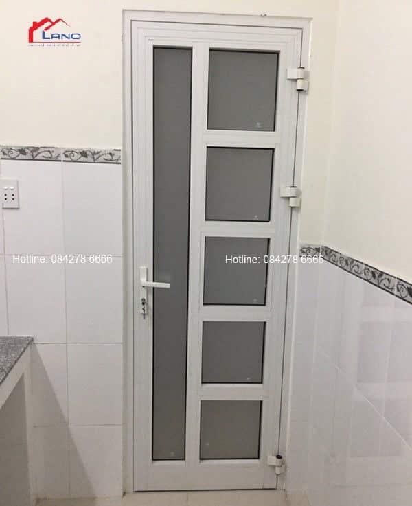 Cửa đi mở quay 1 cánh nhôm xinfga hệ 55 nhập khảu Quảng Đông